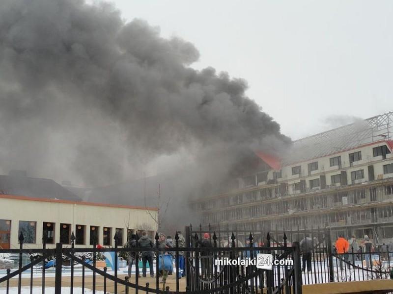 Pożar Hotelu Gołębiewski W Mikołajkach Zdjęcia Balujemy W Ostrołęce